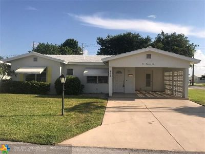 Boynton Beach Single Family Home For Sale: 102 NW 8th Pl