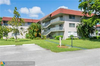 Lauderdale Lakes Condo/Townhouse For Sale: 3061 NW 47th Ter #232B