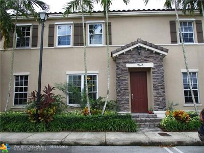 Miami Single Family Home For Sale: 16766 SW 95 Street