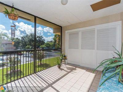 Coconut Creek Condo/Townhouse For Sale: 2790 Carambola Cir #2790