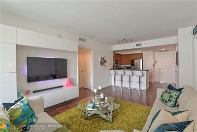 Fort Lauderdale Condo/Townhouse For Sale: 350 SE 2nd St #740