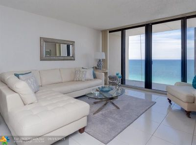 Hollywood Condo/Townhouse For Sale: 2101 S Ocean Dr #1902