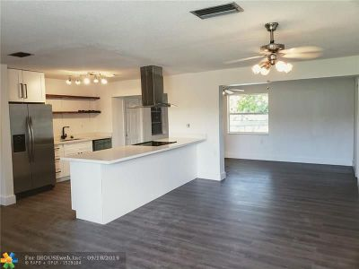 Broward County Single Family Home For Sale: 6691 NW 25th Court