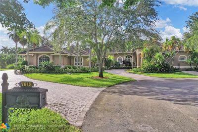 Broward County Single Family Home For Sale: 7615 N Rocky Ln