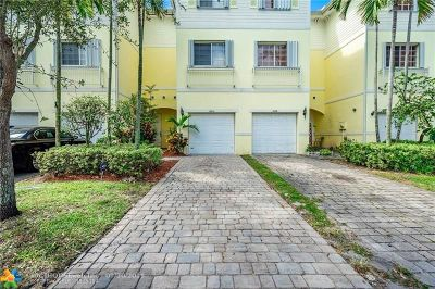 Lauderhill Condo/Townhouse For Sale: 3604 NW 13th St #3604