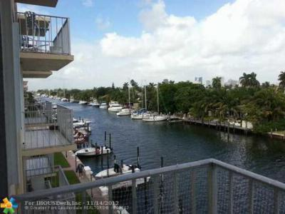 Fort Lauderdale Condo/Townhouse Sold: 1777 SE 15th St #418