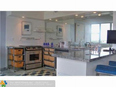 Condo/Townhouse Sold: 3003 Terramar St #603
