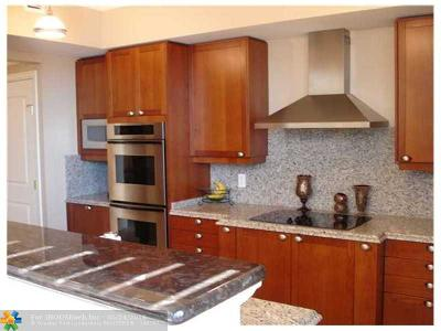 Hillsboro Beach Condo/Townhouse For Sale: 1063 Hillsboro Mile #205