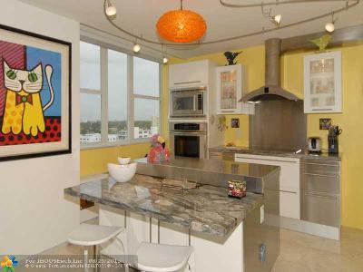 Condo/Townhouse Sold: 3003 Terramar St #903