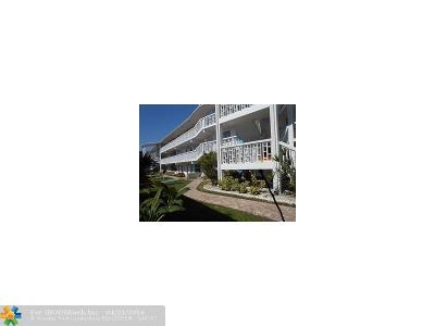 Lauderdale By The Sea Condo/Townhouse For Sale: 234 Hibiscus Ave #365