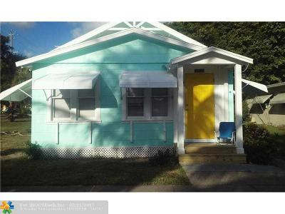 Lake Worth Multi Family Home Backup Contract-Call LA: 29 Ocean Breeze St #A