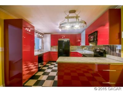 Melrose Single Family Home For Sale: 24223 S Canal Street