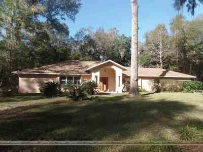 Gainesville Single Family Home For Sale: 3020 NW 66th Terrace