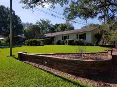 Single Family Home Closed: 309 NE 4th Avenue