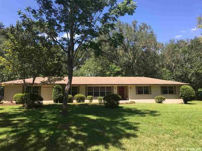 Gainesville Single Family Home For Sale: 8216 NW 4th Place