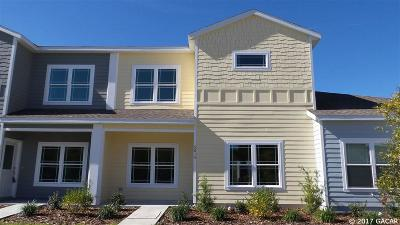 Gainesville Condo/Townhouse For Sale: 5014 NW 21st Drive