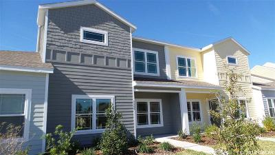 Gainesville Condo/Townhouse For Sale: 5008 NW 21st Drive