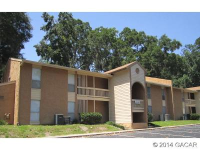 Gainesville Condo/Townhouse For Sale: 1810 NW 23RD Boulevard #154