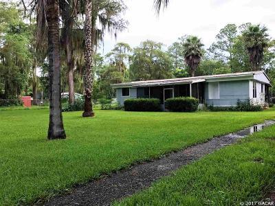 Melrose Single Family Home For Sale: 1519 SE 5th Avenue