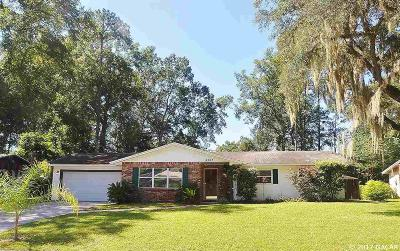 Gainesville Single Family Home For Sale: 3207 NW 48th Place