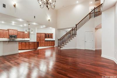Gainesville Single Family Home For Sale: 2165 SW 35th Court
