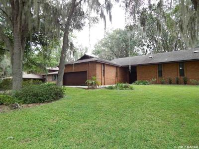 Gainesville Single Family Home For Sale: 6019 SW 36th Way