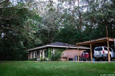 Gainesville FL Single Family Home For Sale: $135,900