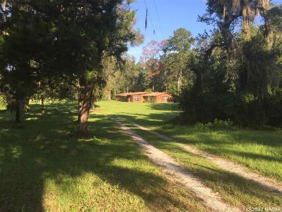 Williston Single Family Home For Sale: 1350 NE 6TH Boulevard