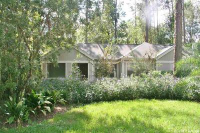 Gainesville Single Family Home For Sale: 4752 SW 76th Terrace