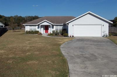 Newberry Single Family Home For Sale: 23914 NW 2nd Lane