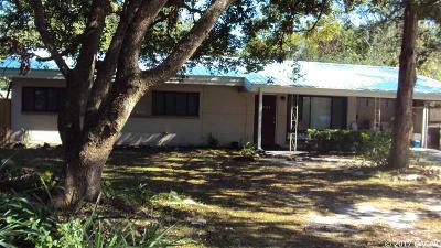 Gainesville Single Family Home For Sale: 2201 NE 12TH Terrace