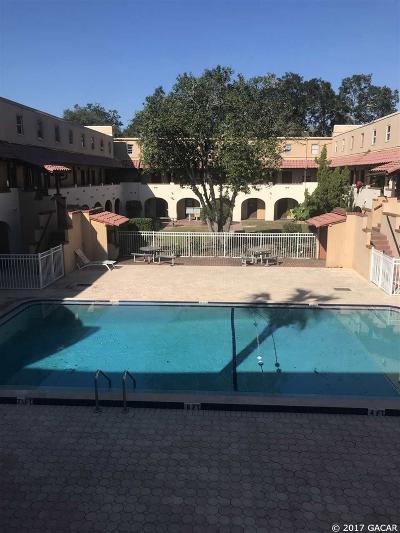Gainesville Condo/Townhouse For Sale: 914 SW 8th Avenue #28