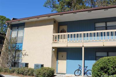 Gainesville Condo/Townhouse For Sale: 2811 SW Archer Road #J-83
