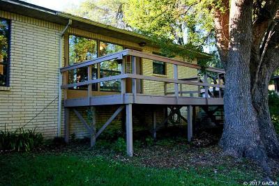 Melrose Single Family Home For Sale: 651 SE 28th ST