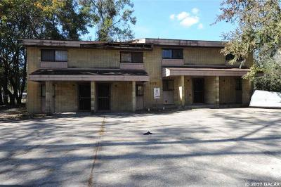 Gainesville FL Multi Family Home For Sale: $196,000