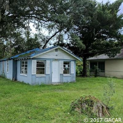 Gainesville Single Family Home For Sale: 2011 NE 9TH Place