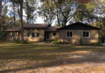 Gainesville Single Family Home For Sale: 8810 SW 103rd Avenue