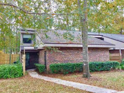 Gainesville Condo/Townhouse For Sale: 5329 NW 33RD Place
