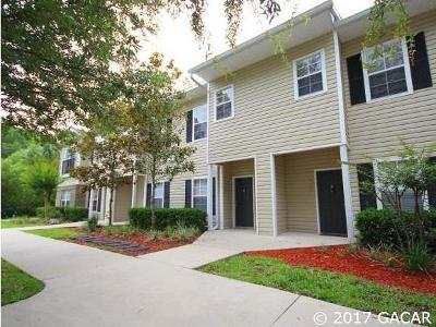 Gainesville Condo/Townhouse For Sale: 4813 NW 42nd Road #105