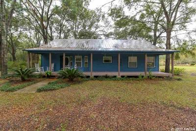 Newberry Single Family Home For Sale: 24317 NW 32nd Avenue