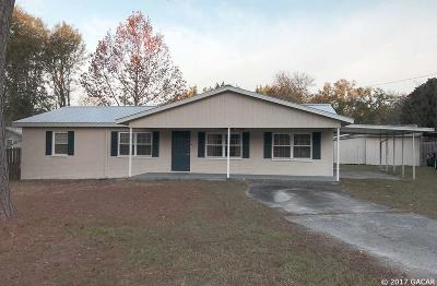 Newberry Single Family Home For Sale: 24724 SW 2ND Road
