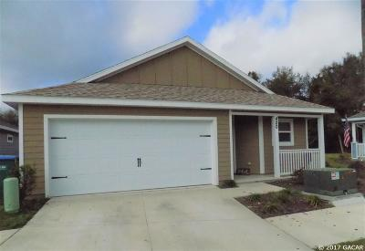Newberry Single Family Home For Sale: 420 SW 251st Drive