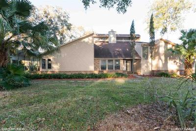 Melrose Single Family Home For Sale: 651 SE 28th Way