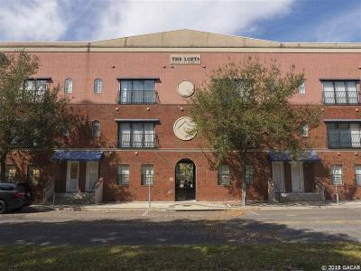 Gainesville Condo/Townhouse For Sale: 20 SW 6th Street #211