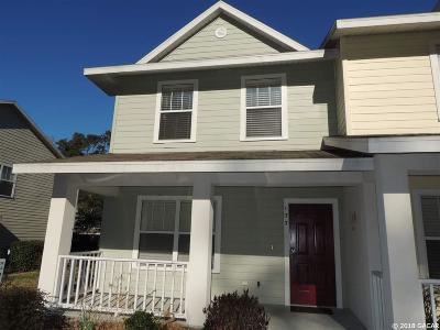 Gainesville Condo/Townhouse For Sale: 4670 SW 48 Drive #133