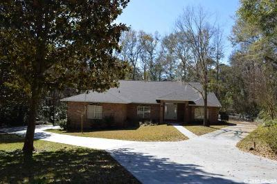 Gainesville Single Family Home For Sale: 1102 NW 58 Terrace