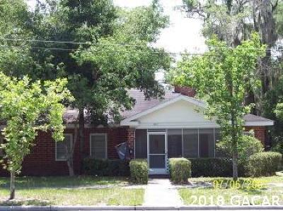 Gainesville Single Family Home For Sale: 107 NE 9th Street