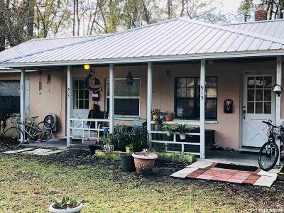 Gainesville Multi Family Home For Sale: 915 NE 9TH Avenue