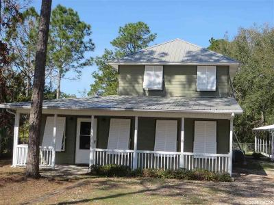 Steinhatchee Single Family Home For Sale: 801 1st Avenue NE