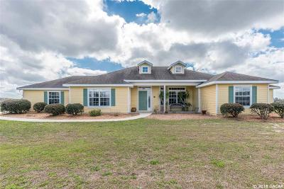 Gainesville Single Family Home For Sale: 10265 SW 98th Lane